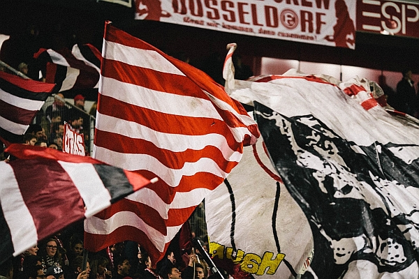 F95 vs VfL Bochum 2:2 - neue Fahnen