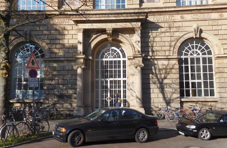 Die Kunstakademie, die durch Cornelius und Schadow berühmt wurde