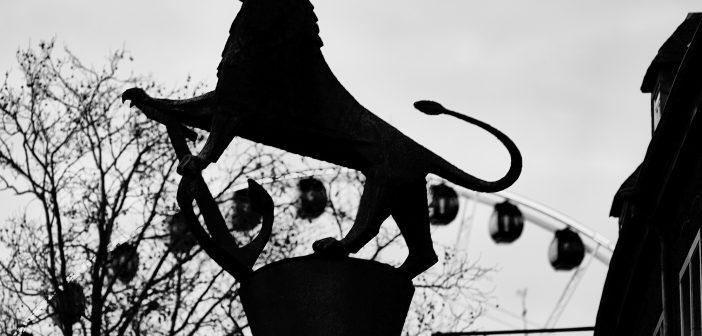 Bild der KW01: Düsseldorfer Löwe mit Anker und Riesenrad