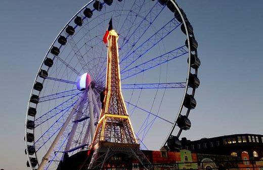 Das Riesenrad am Burgplatz (Foto: Jo Achim Geschke)