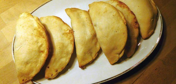 Irgendwie indisch: Gemüse-Samosas mit Raita