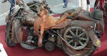 Ratbike-Harley mit Seitenwagen (Jean Luc 2005 via Wikimedia)