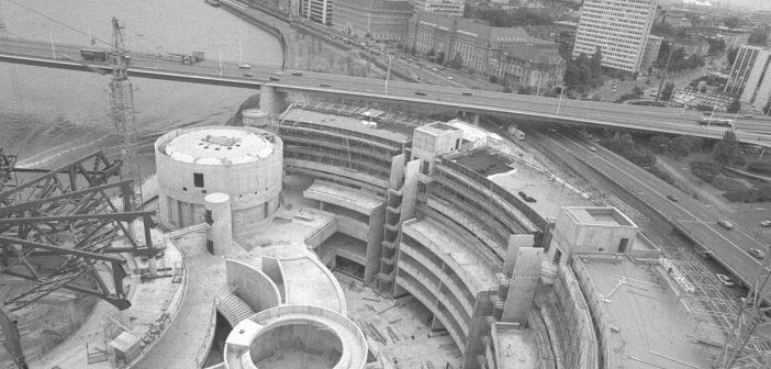 1986: Der Landtag im Bau (Foto: Bildarchiv Landtag NRW)