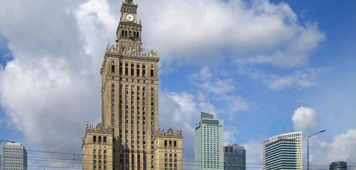 Der Kulturpalast im Zentrum Warschaus (Foto: Wikimedia)