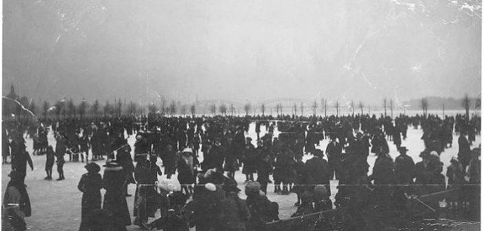 Eis auf dem Rhein im Februar 1942 (Foto: Stadtarchiv Düsseldorf)