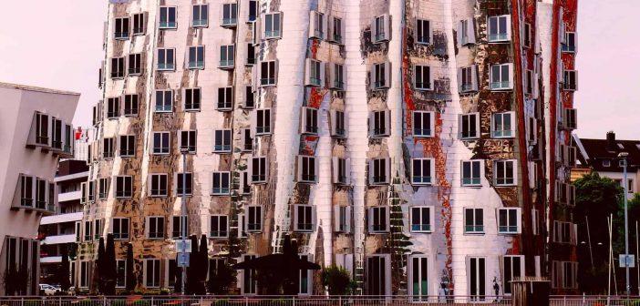 BdW24: Gehry-Blech, glänzend