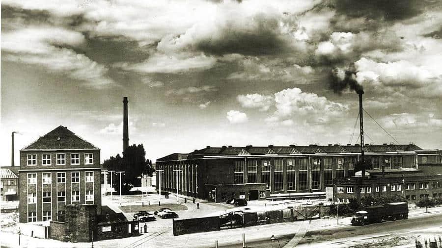 Das DKW-Werk in Rath in den 50ern (Foto: Mercedes-Benz)